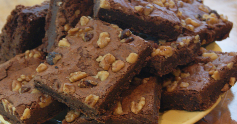 Harvard Square (Fudge Nut Brownie)